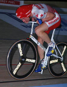Obree on his washing machine bike, Old Faithful