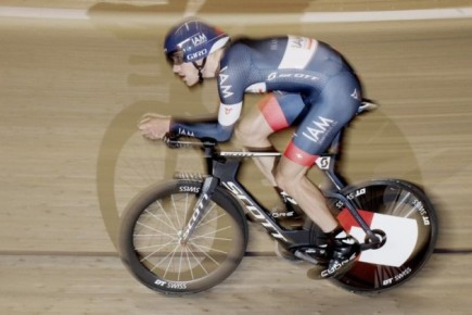 A new hour record holder – Matthias Brandle